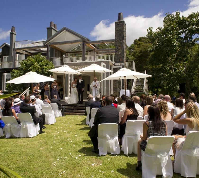 970 Lonely Bay Lodge - Weddings