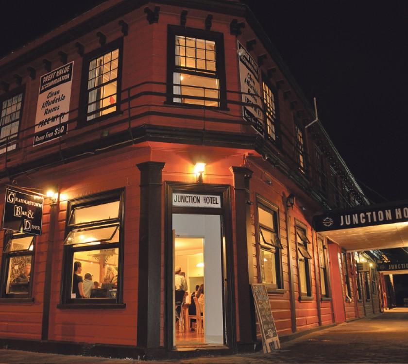 Grahamstown Bar and Diner, Thames