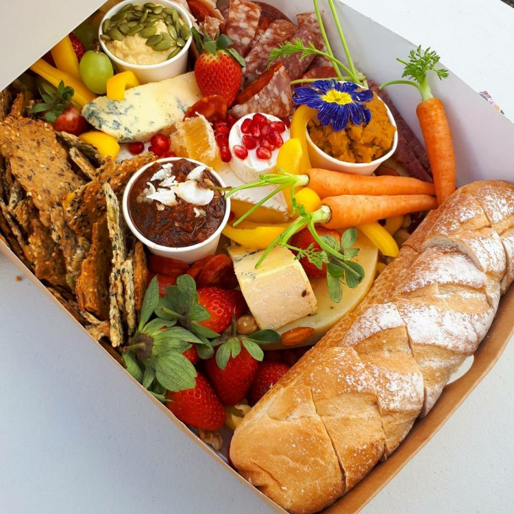 Picnic and Platter 5
