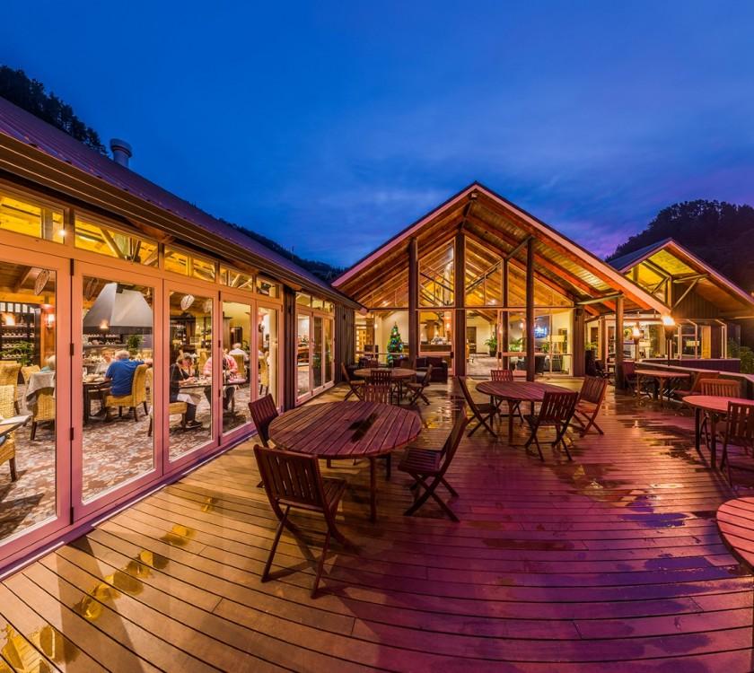 Grand Mercure Puka Park Resort - The Wedding Of Your Dreams