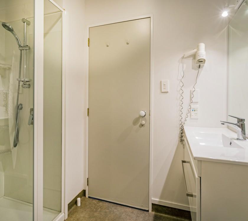 bathroom-unit-3