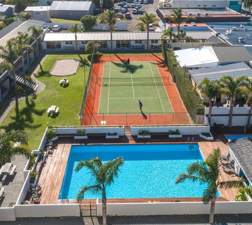Palm Pacific Resort