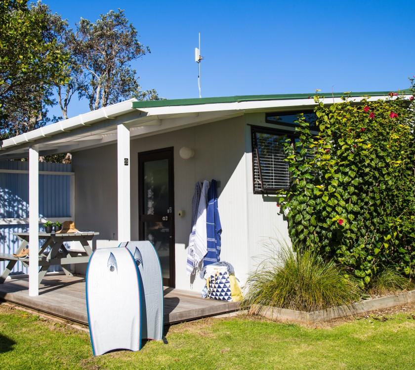 hahei-holiday-resort-kitchen-cabin-copy