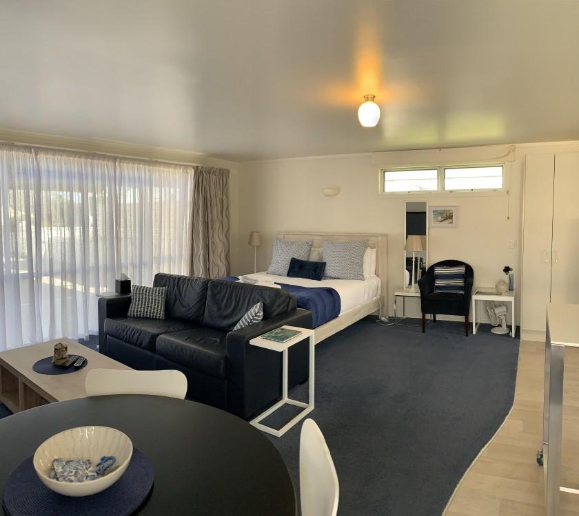 studio-bedroom-1
